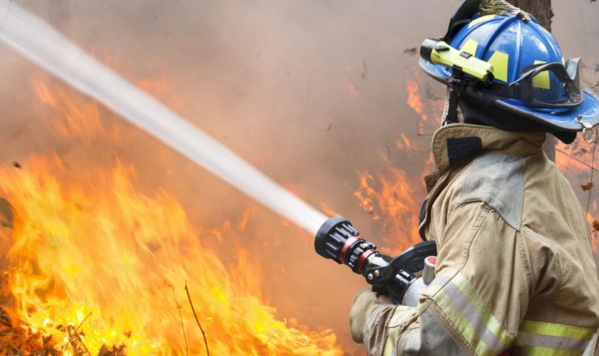 В Казани мужчина поджег свою квартиру